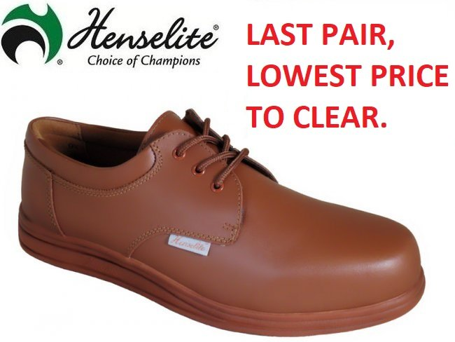 Henselite Victory Lawn Bowls Shoe. SIZE 6 ONLY